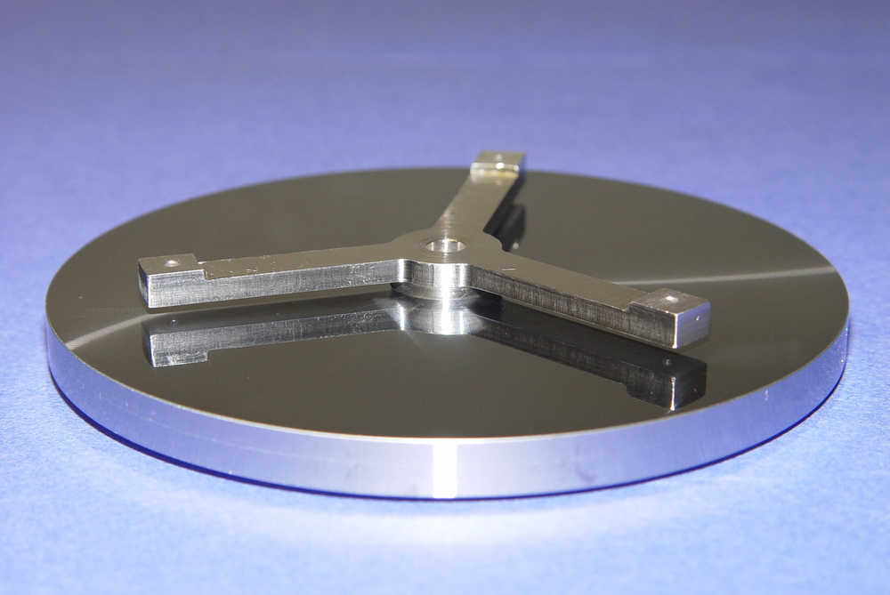 Secondary Mirror with Compact Modularity - Mount Side