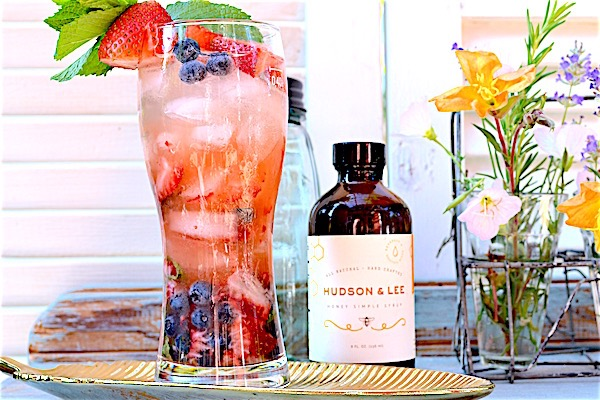 Red, White and Blueberry Mojito