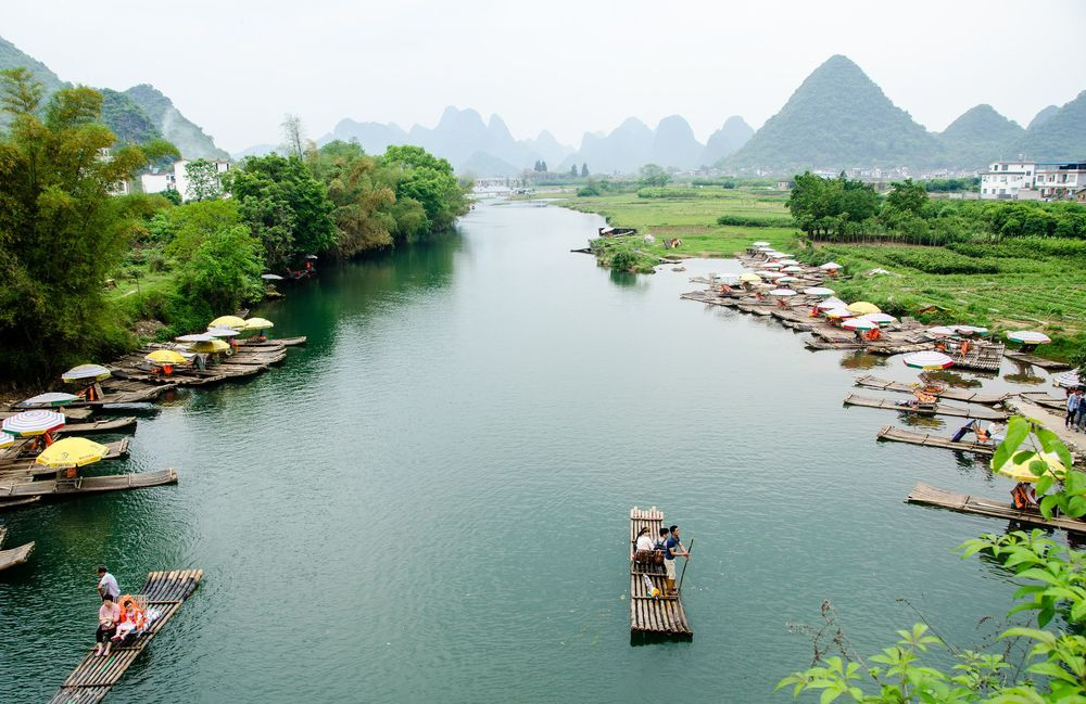 Li River, Guilin, China ( Flickr )