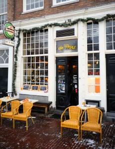 Cafe' de Prins exterior shot