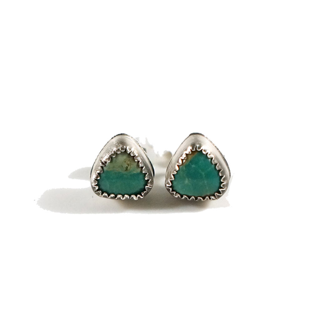 TurquoiseEarrings4.png