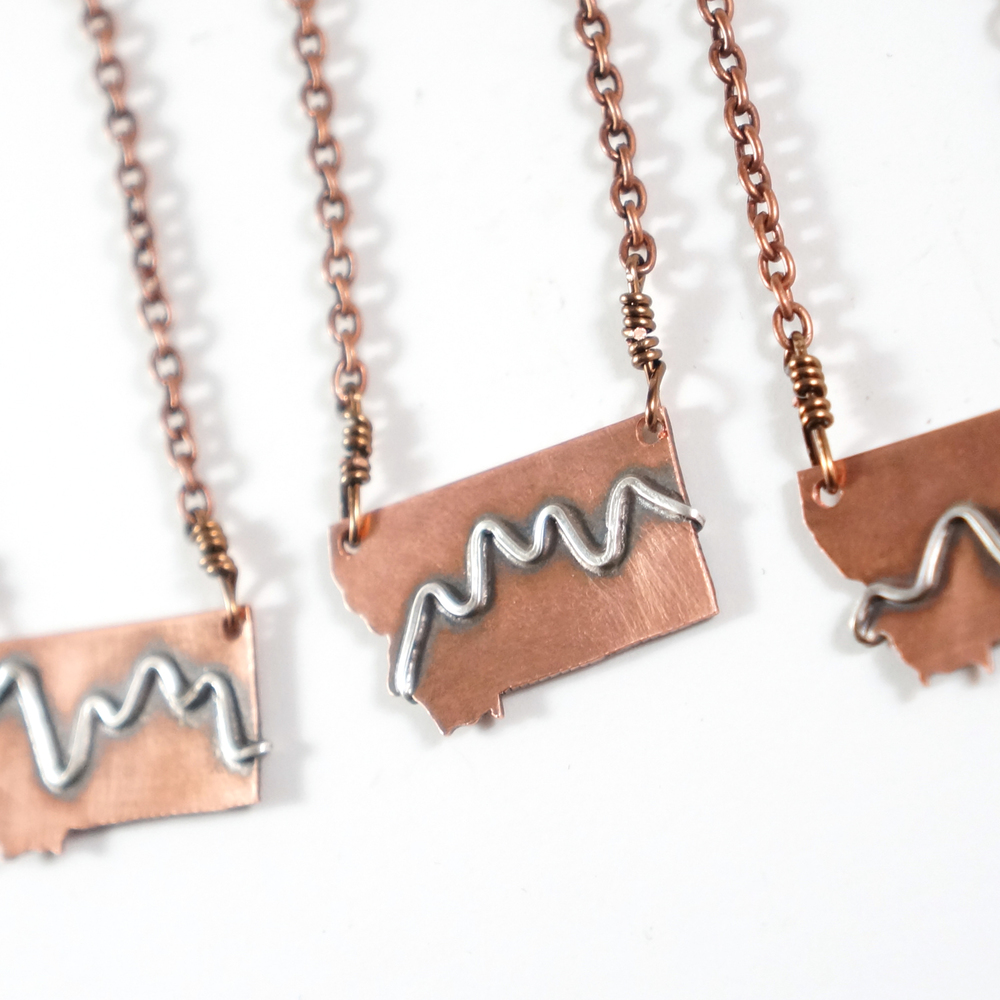MT_mountains_necklace_2.jpg