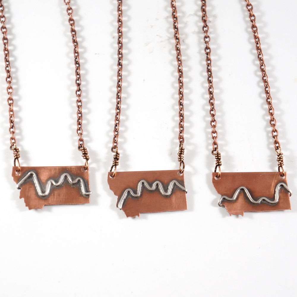 MT_mountains_necklace_1.jpg