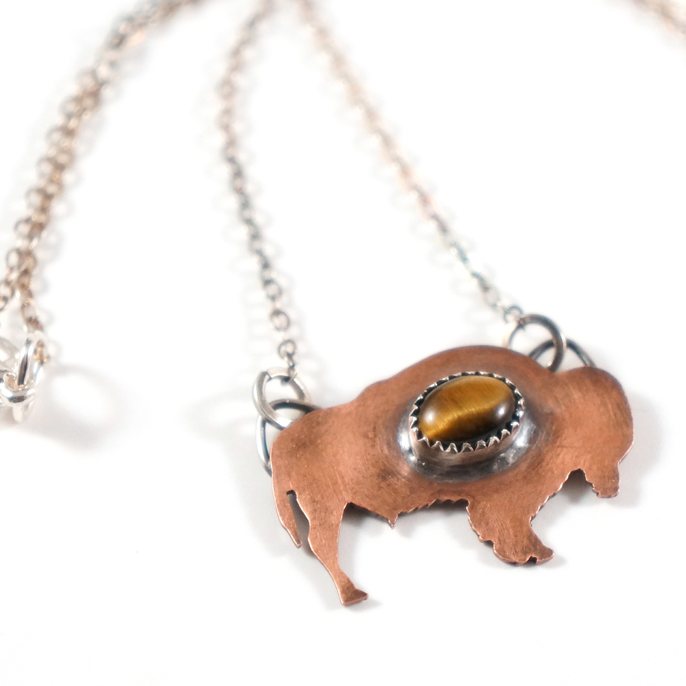 Buffalo_totem_necklace_2.jpg