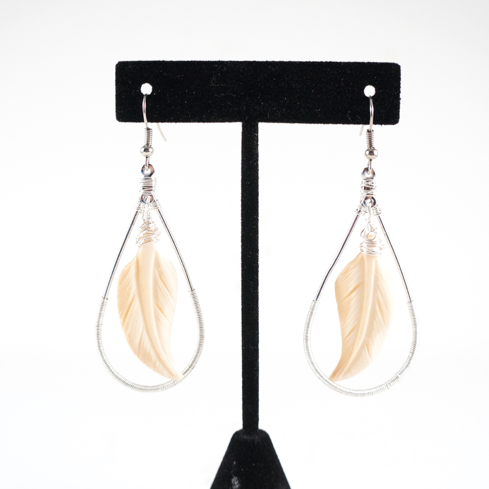 feather_bone_earrings_1.jpg