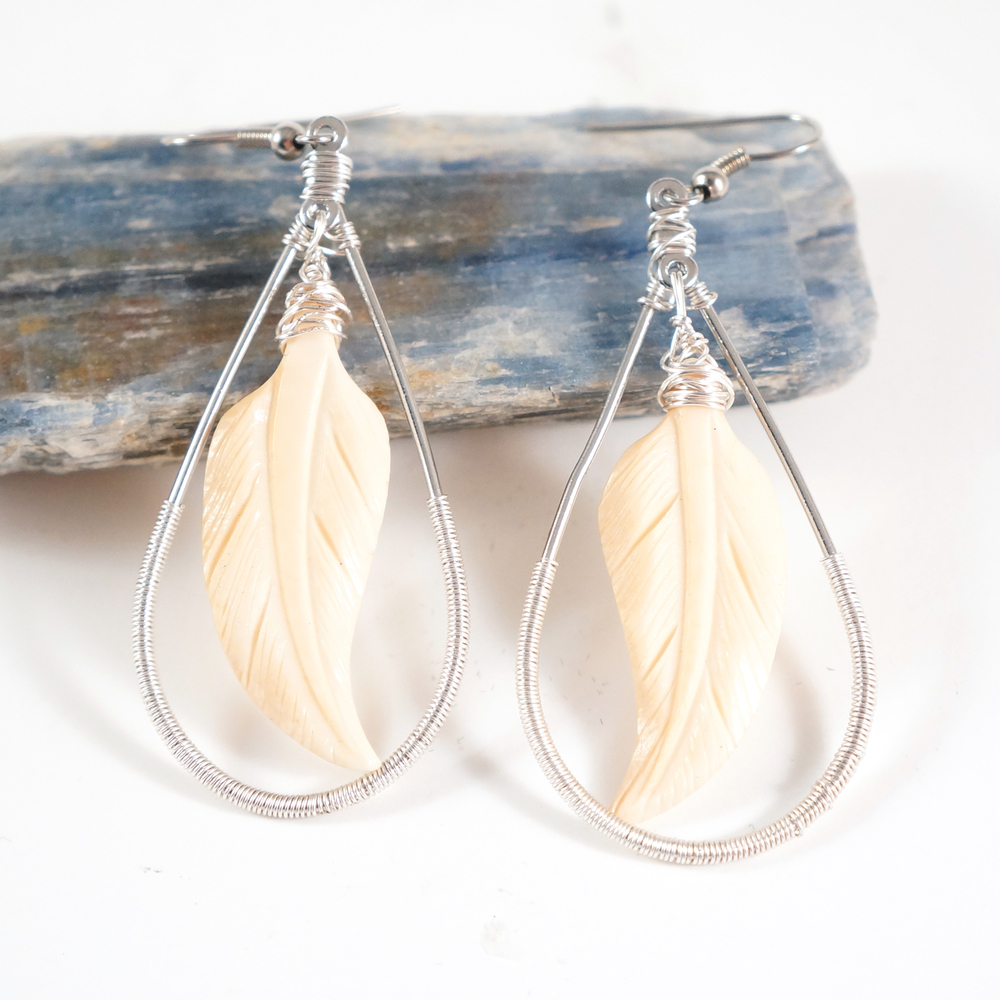 feather_bone_earrings_3.jpg