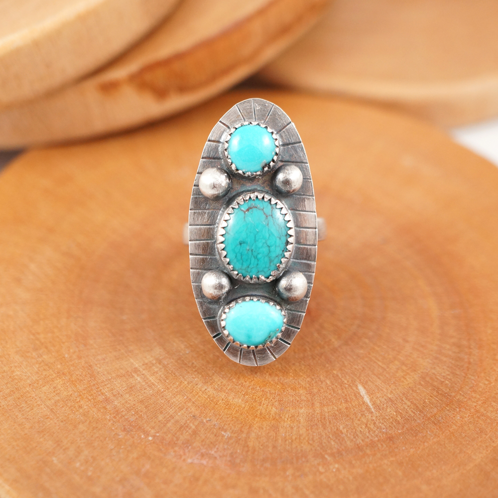 triple_stone_ring_wholesale.jpg