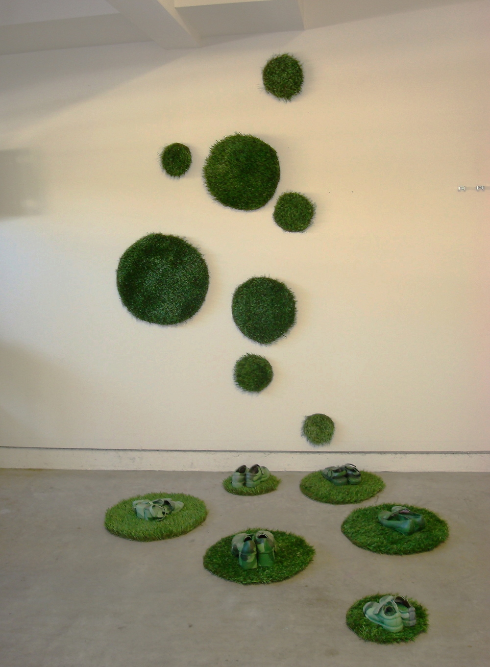 Pallavi Sharma  Green Spot -2, 2008  Mixed media  48x84 wall space,  48x48 floor-space
