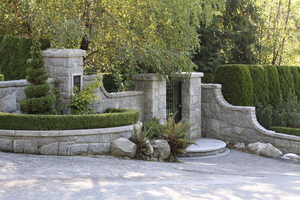 Entrance_7.jpg