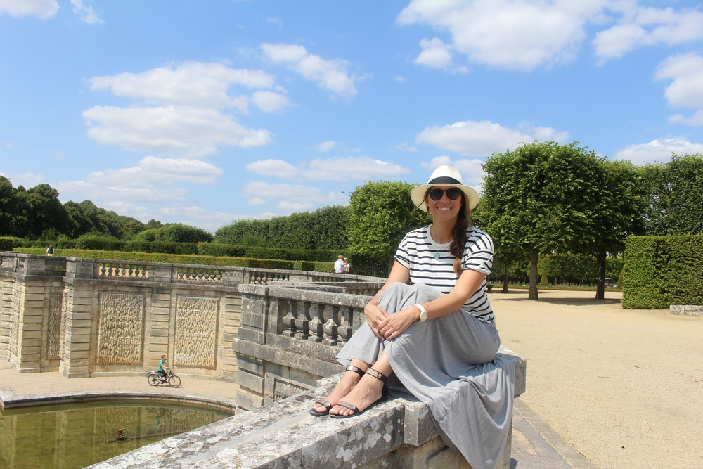 versailles-paris-lake-in tote.jpg