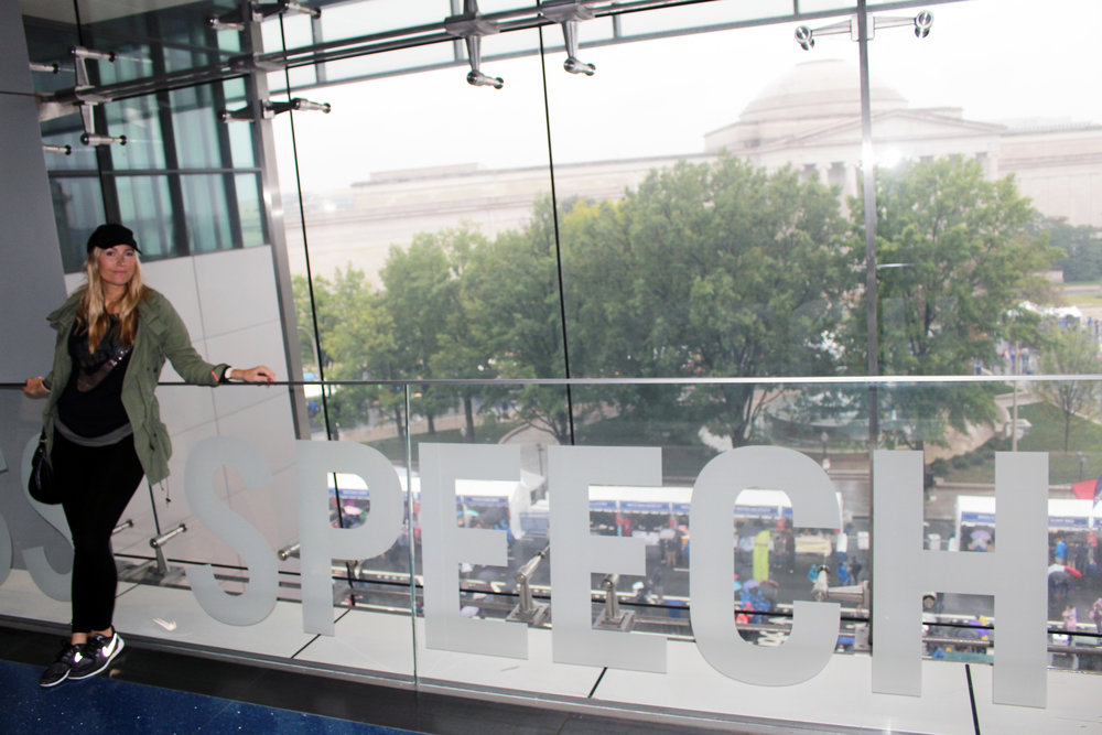 Newseum - In Tote
