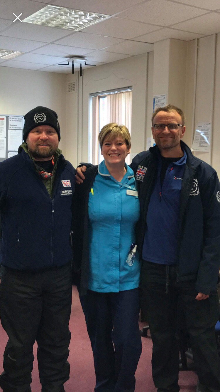 Community Healthcare Support Worker Harriet McKenzie with our volunteers Dan and Dave who helped nurses reach their patients.