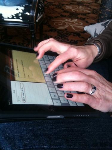 typing on ipad