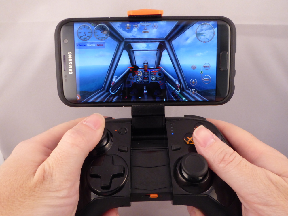 Complex 3D games are a struggle with touch-screen buttons, but a joy with a decent controller