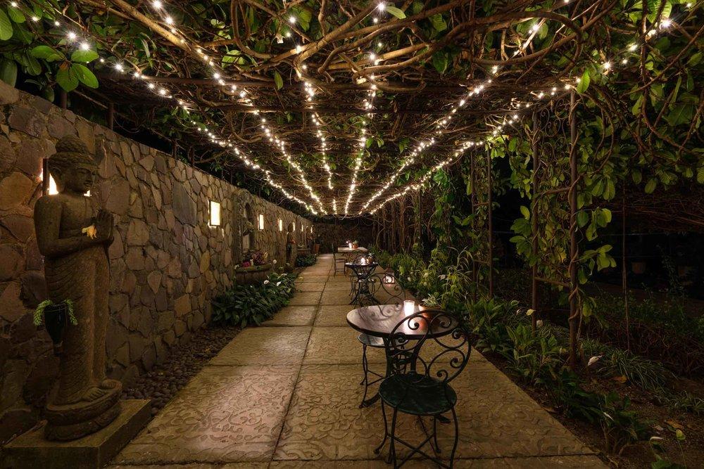 casaprana-facilities-garden-buddha.jpeg