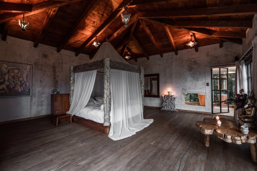 casaprana-rooms-Luxury suite.jpg