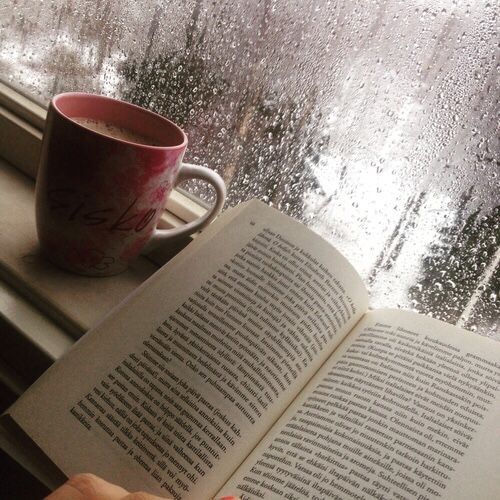 49b99390934dd70e4f6e5886363ef1ec--rain-and-coffee-books-and-coffee.jpg