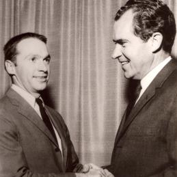 Hinckley intern with President Nixon.