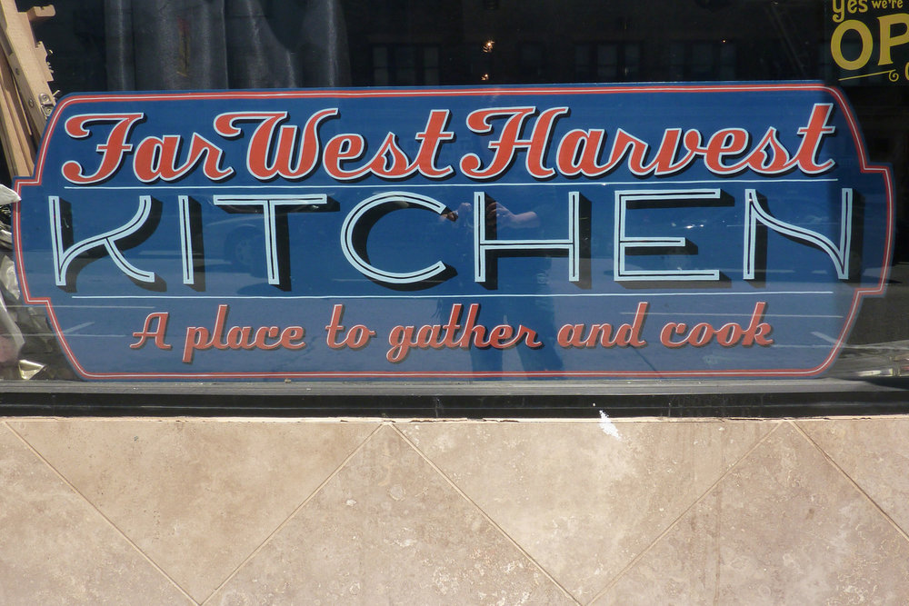 HAND-far-west-harvest-kitchen_6057425414_o.jpg