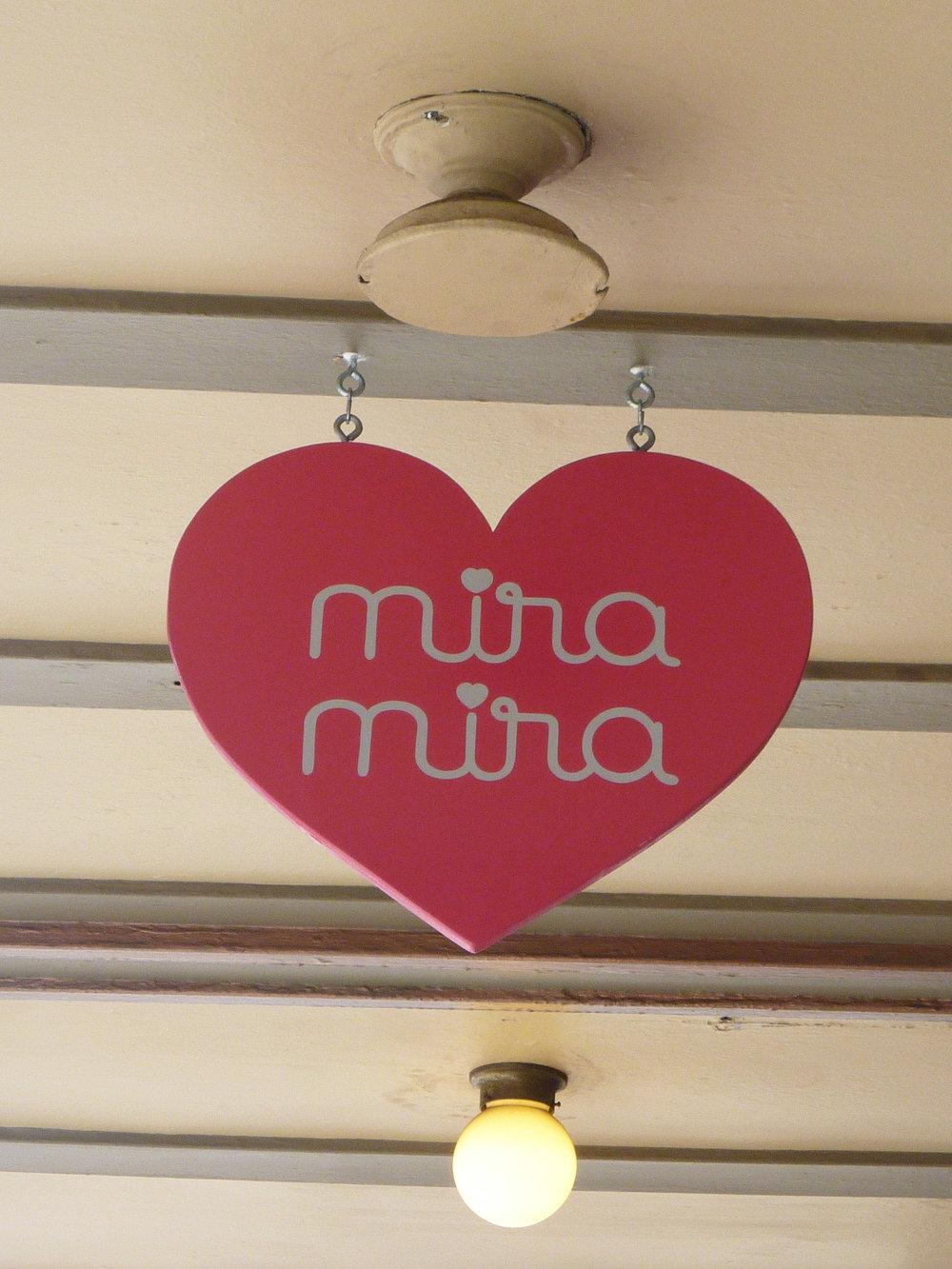 HAND-mira-mira_6056878295_o.jpg