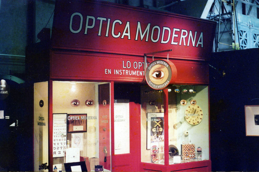 HAND-optica-moderna_5958657091_o.jpg