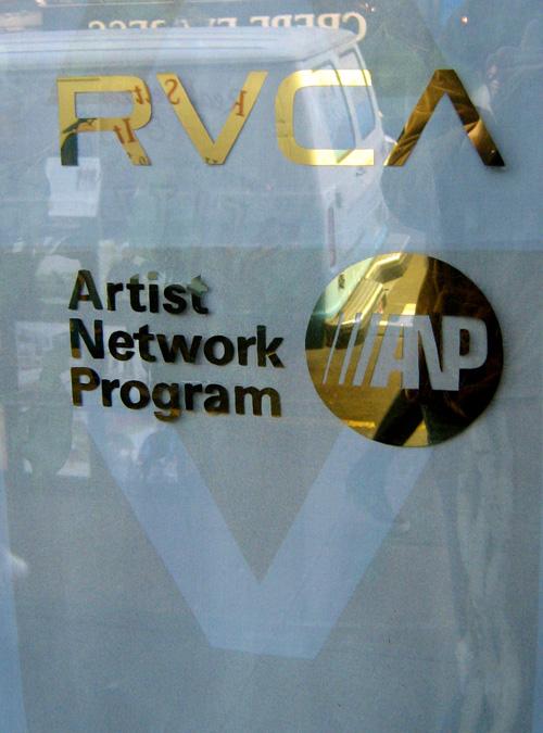 GOLD-rvca--anp-logos_3161133639_o.jpg