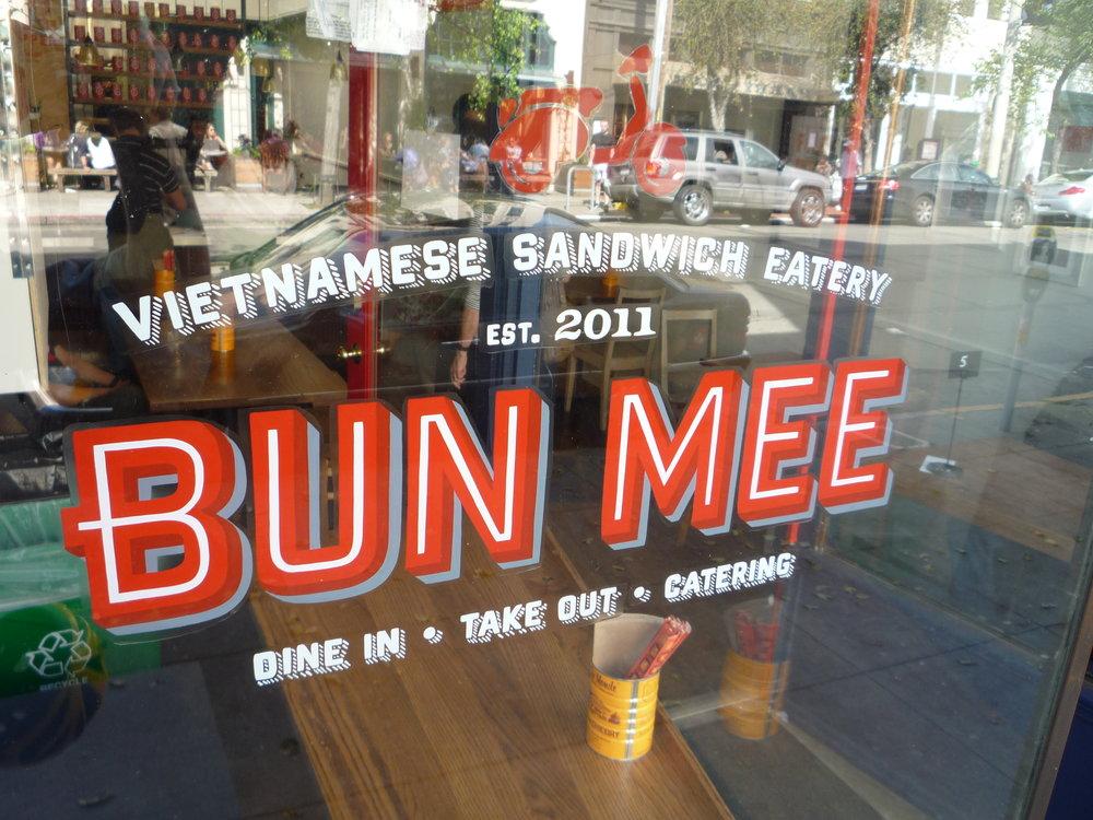 WINDOW-bun-mee_5878196769_o.jpg