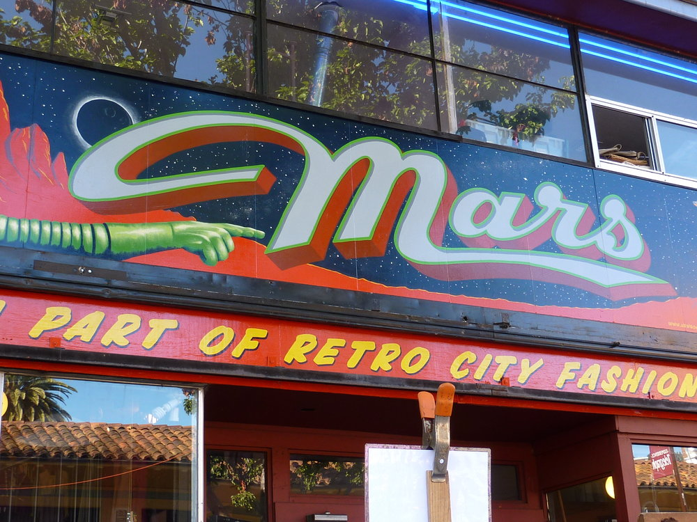 ORIG-mars-storefront-letter-detail_4307287568_o.jpg