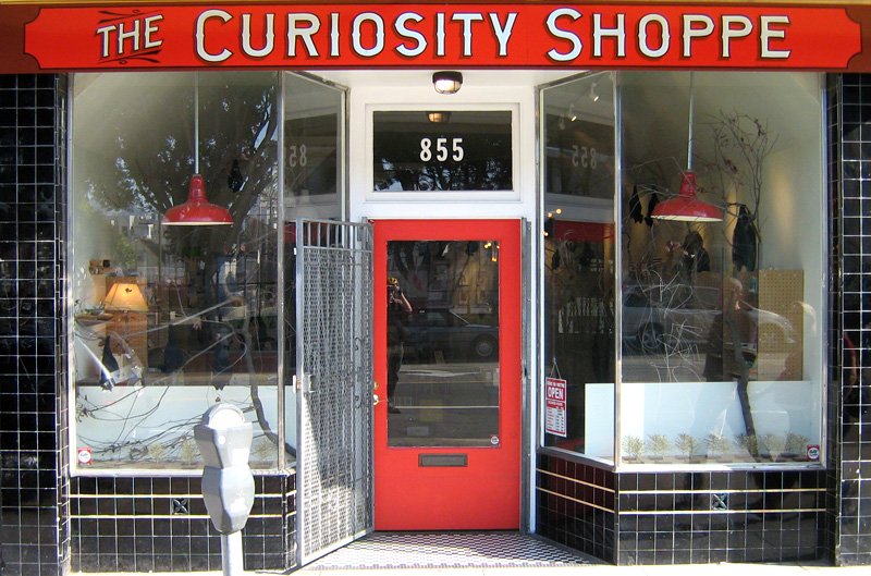 ORIG-the-curiosity-shoppe-too_3161127141_o.jpg