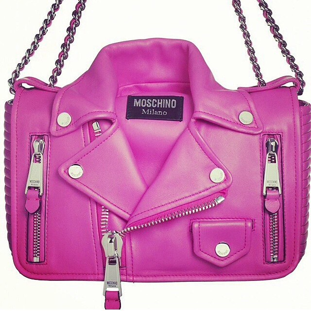 Barbie inspired @moschino moto purse 👍 #moschino #pink #fashion #barbie