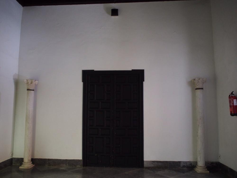 Another grande doorway
