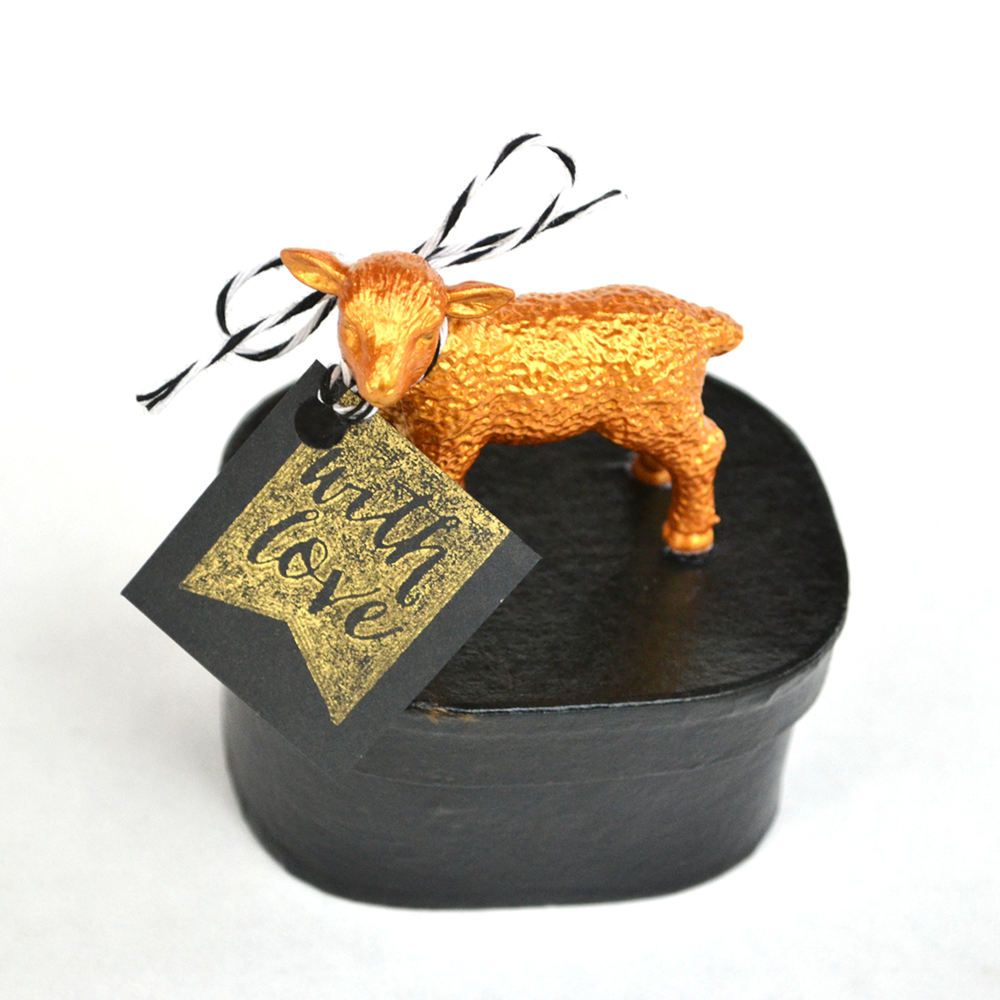 Boxwood Avenue | DIY Gold Animal Gift Boxes 5b.jpg