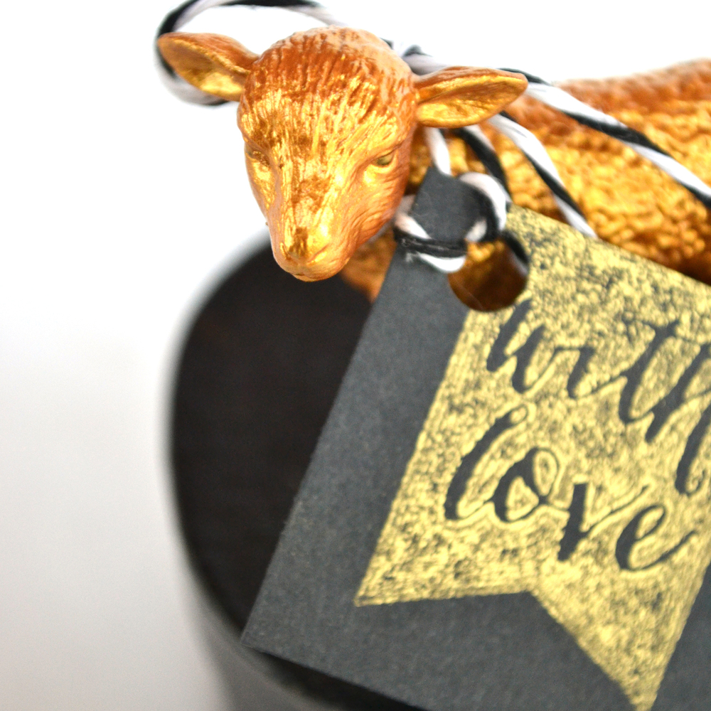 Boxwood Avenue | DIY Gold Animal Gift Boxes (perfect for Valentine's Day or Wedding Favors!)