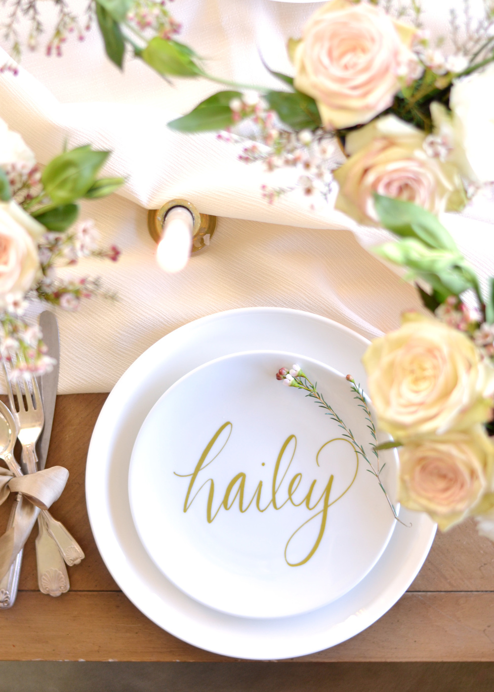Use the Wine Glass Writer on plates for DIY place settings