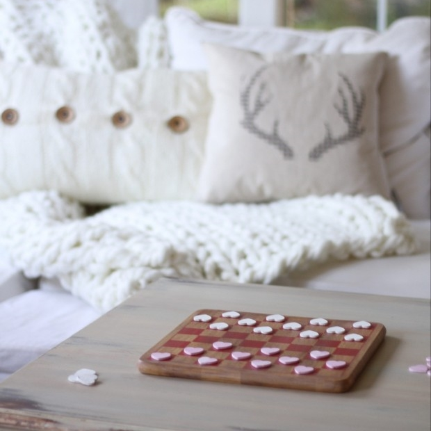 DIY Valentine's Day checkers by Zevy Joy
