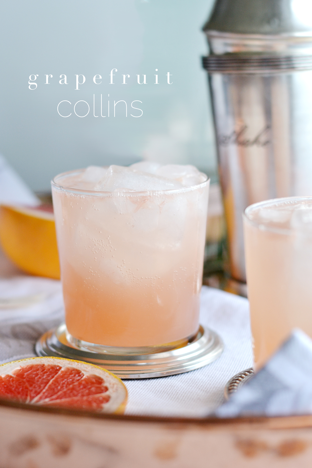 An easy cocktail to throw together, a twist on the classic Collins | boxwoodavenue.com