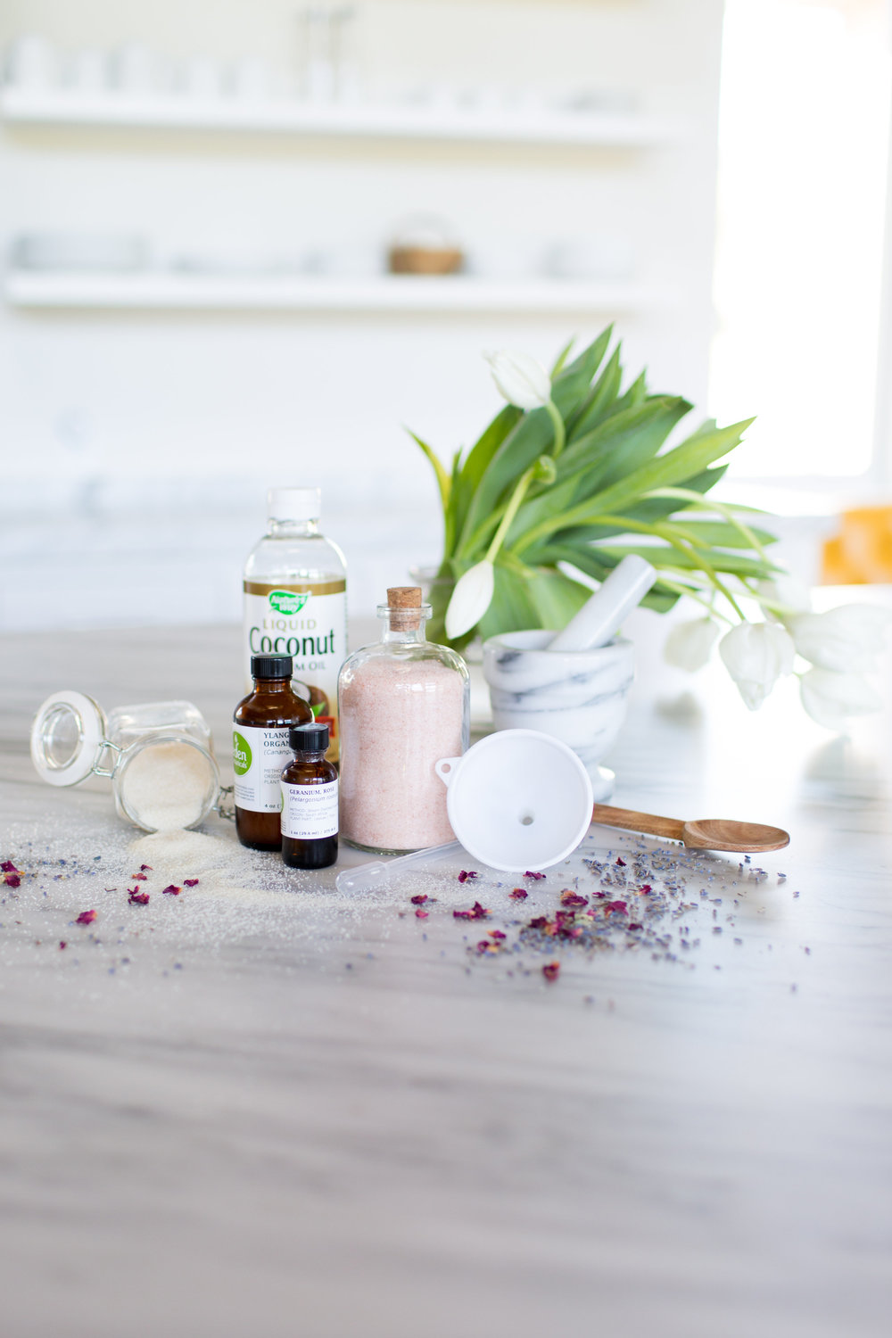 DIY Coco Rose Body Polish by Oak & Ashland | A Savvy Event / A Savvy Lifestyle / Portraits to the People boxwoodavenue.com