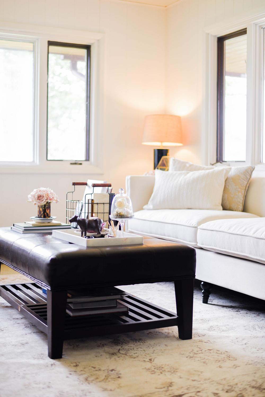 Bright white living room from boxwoodavenue.com
