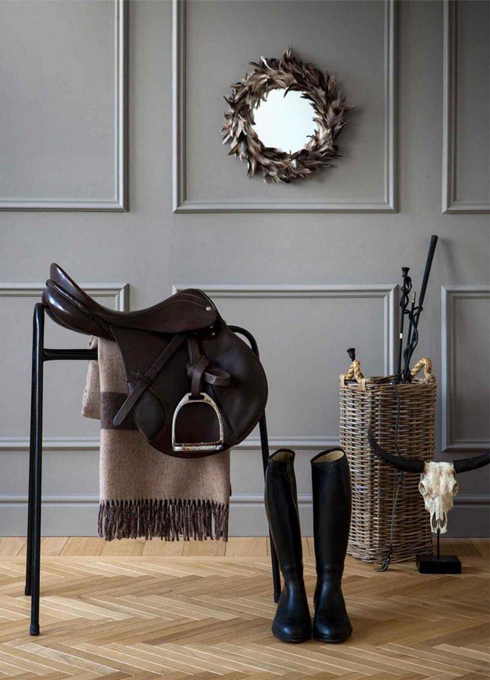 Equestrian interiors boxwood avenue for Zara home christmas decorations