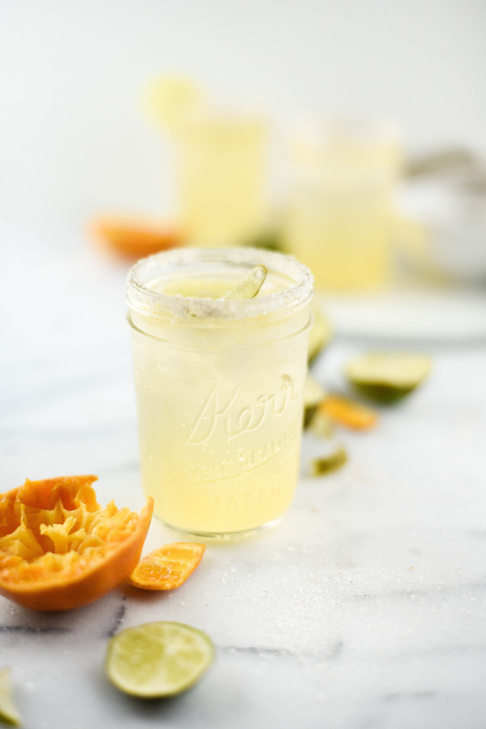 Super refreshing & not too sweet - this coconut margarita with LaCroix water is so yummy! boxwoodavenue.com