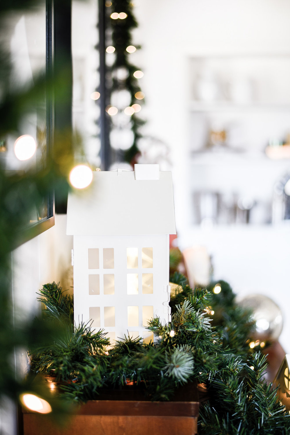 A tiny holiday village on top of piano | boxwoodavenue.com