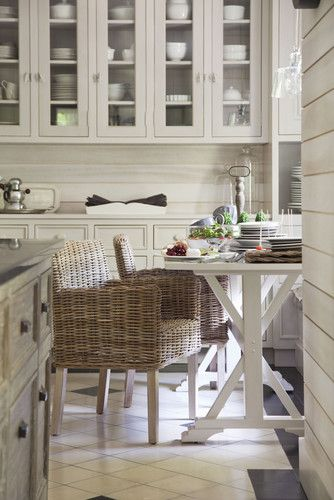 Woven Dining Chairs in Farmhouse Kitchen | Moutarde Decor
