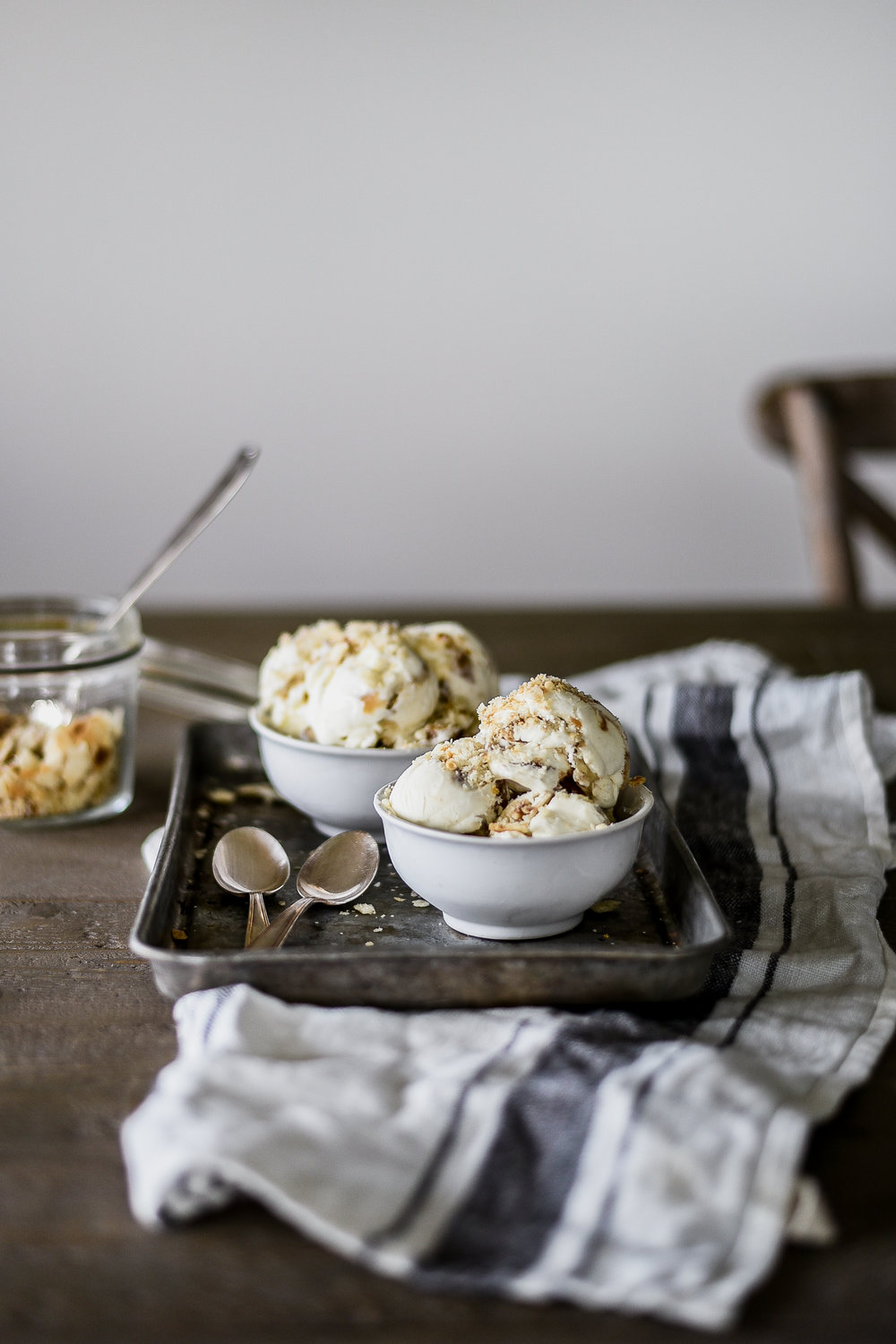 A yummy fall dessert with brown sugar, apples, and pie crust: no-churn apple pie ice cream from boxwoodavenue.com