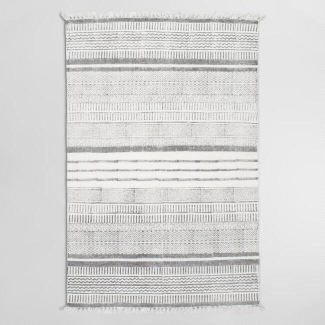 Where to Buy Vintage Area Rugs / boxwoodavenue.com