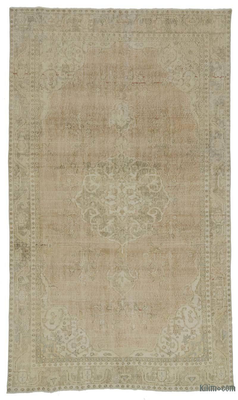 Vintage area rugs from Morocco, Persia, Turkey | boxwoodavenue.com