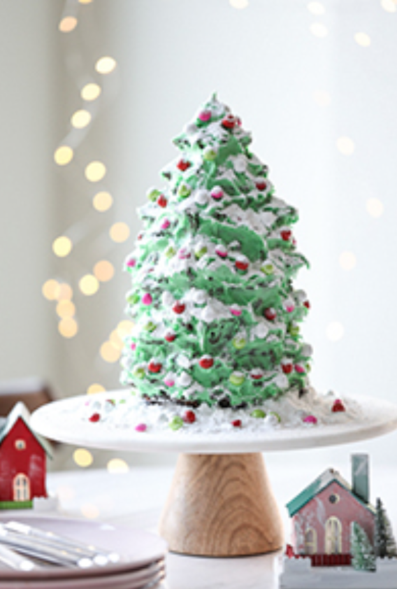 10 Delicious Christmas Treats that aren't Cookies!  Christmas Tree Gingerbread Cake