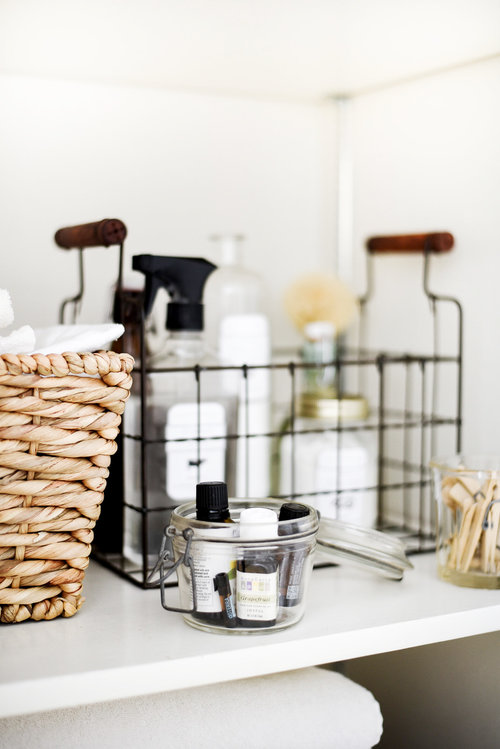 Free Printable Labels for DIY Natural and Safe Cleaning