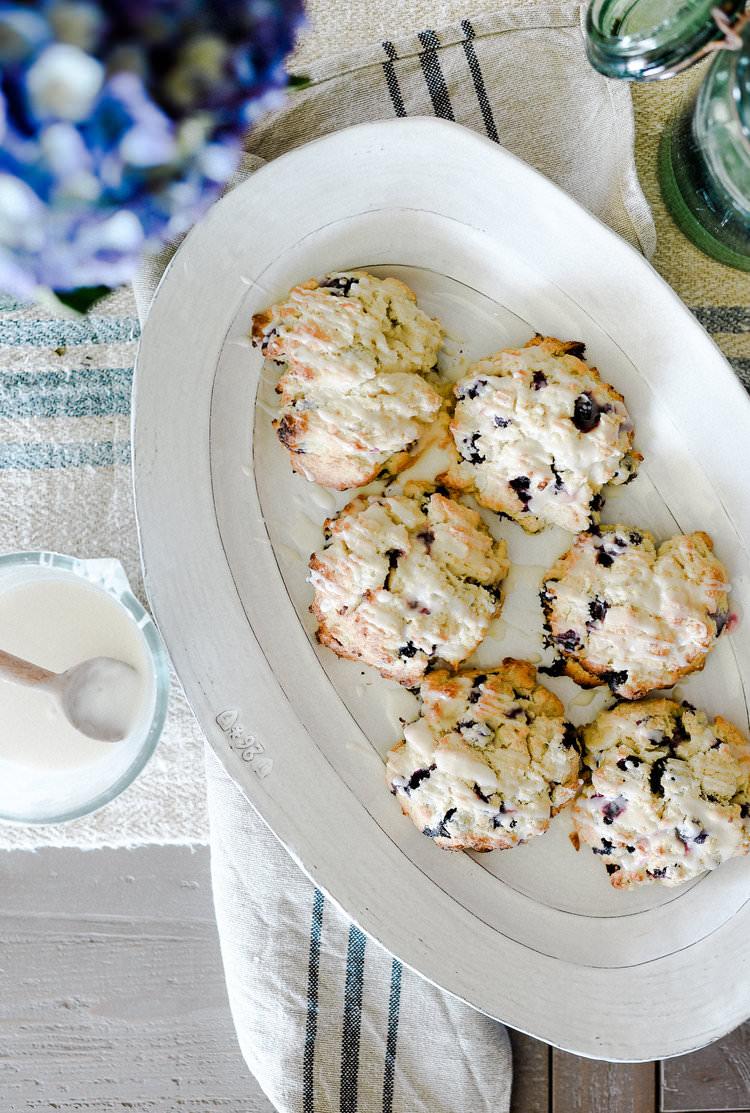 Delicious blueberry scone recipe from boxwoodavenue.com