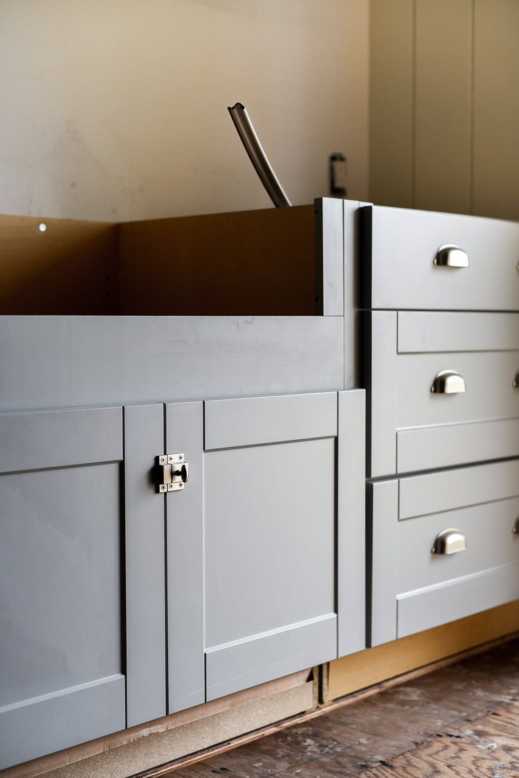 laundry room renovation | boxwoodavenue.com