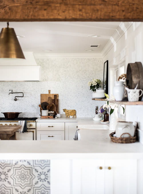 Classic Brass Drawer Pulls in White Farmhouse Kitchen | boxwoodavenue.com